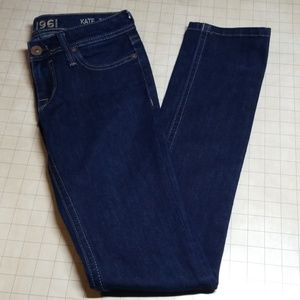 DL1961 Kate Slim Straight Jeans size 25